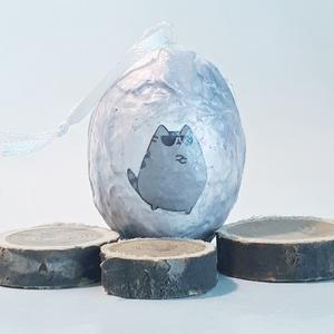 Kiárusítás, Pusheen macskás húsvéti tojás, pussheen rajongói meglepetés tojás, egyedi ajándék névnapra, szülinapra, Otthon & Lakás, Dekoráció, Függődísz, Decoupage, transzfer és szalvétatechnika, Pusheen macskás húsvéti tojás, pussheen rajongói meglepetés tojás, egyedi ajándék névnapra, szülinap..., Meska
