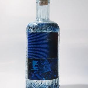 Mátrix pálinkás üveg informatikusnak, IT szakembernek italos üveg képes egyedi ajándék férfiaknak születésnapra névnapra, Otthon & Lakás, Dekoráció, Díszüveg, Decoupage, transzfer és szalvétatechnika, Mátrix pálinkás üveg informatikusnak, IT szakembernek italos üveg képes egyedi ajándék férfiaknak sz..., Meska