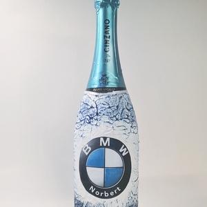BMW logós pezsgő Asti Cinzano BMW  neves rajongói ajándék szülinapra, névnapra, karácsonyra., Otthon & Lakás, Dekoráció, Díszüveg, Decoupage, transzfer és szalvétatechnika, BMW emblémás Asti Cinzano pezsgő BMW neves rajongói ajándék szülinapra, névnapra, karácsonyra akár s..., Meska