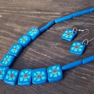 Négyzetes kék-türkíz millefiori nyaklánc-fülbevaló szett, Ékszer, Nyaklánc, Fülbevaló, Ékszerkészítés, Gyurma, Egy egyszerűbb millefiori mintából készítettem ezt a szép kék nyakláncot és fülbevalót, örök klassz..., Meska