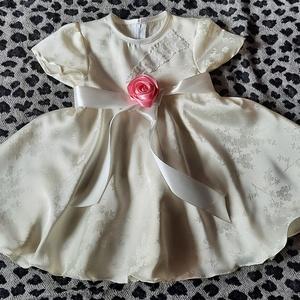 Keresztelő alkalmi ruhácska Bettina, Gyerek & játék, Baba-mama kellék, keresztelő alkalmi szülinapi ajándék egyedi ruhácska anyaga menyasszonyi ruha szalonomból maradt..., Meska