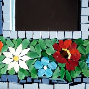 Virágköltemény - mozaik tükör, Képkeret, tükör, Lakberendezés, Otthon & lakás, Dekoráció, Dísz, Üvegművészet, A tükröt olasz kerámia mozaikkal és Spectrum üveggel díszítettem. A mozaik minden egyes darabját saj..., Meska