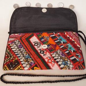 AJÁNDÉKKAL! Boríték táska, kézzel hímzett, patchwork válltáska, kézi táska 4. (bkrisztina) - Meska.hu