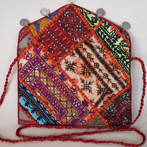 AJÁNDÉKKAL! Boríték táska, kézzel hímzett, patchwork válltáska, kézitáska 6. (bkrisztina) - Meska.hu