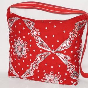 Piros-ezüst, flitteres, nagy méretű táska (bkrisztina) - Meska.hu
