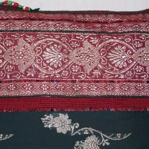 Bordó-ezüst, indiai virág mintás, zöld csíkos, 2. közepes méretű válltáska (bkrisztina) - Meska.hu