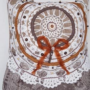 AJÁNDÉKKAL! Fehér csipkés, gyöngyös, narancs masnis, nagy méretű válltáska (bkrisztina) - Meska.hu