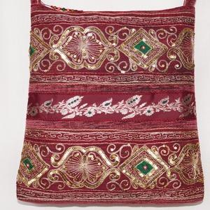 Bordó-arany, indiai esküvő, kézzel hímzett, flitteres válltáska (bkrisztina) - Meska.hu