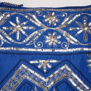 Királykék-arany, indiai esküvő, 2. kézzel hímzett, flitteres válltáska (bkrisztina) - Meska.hu