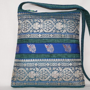 AJÁNDÉKKAL!  Türkizzöld-kék-ezüst, indiai virág mintás, királykék csíkos, közepes méretű válltáska (bkrisztina) - Meska.hu