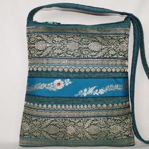 AJÁNDÉKKAL! Zöld-kék-ezüst, indiai virág mintás, türkizkék csíkos, közepes méretű válltáska (bkrisztina) - Meska.hu