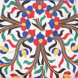 Kézzel hímzett színes, virágos, Frida nagy méretű válltáska (bkrisztina) - Meska.hu