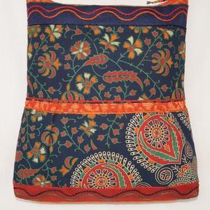 Kék-zöld-narancs, indiai álmodozás, 2 oldalt különböző mintával díszített, nagy méretű válltáska (bkrisztina) - Meska.hu