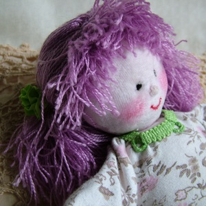 Lilly a lila hajú baba (Blackata) - Meska.hu