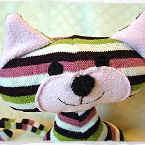 Meggymagos babzsák marok cica (Blackata) - Meska.hu