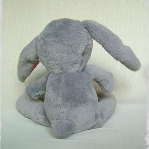 Mák a puha nyuszi - Punch the softie bunny (Blackata) - Meska.hu