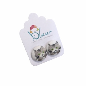 Macska / Cica mintás bedugós nikkelmentes gombfülbevaló, Ékszer, Fülbevaló, Pötty fülbevaló, Ékszerkészítés, Meska