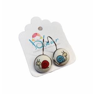 Csiga franciakapcsos gombfülbevaló, Ékszer, Fülbevaló, Lógó fülbevaló, Ékszerkészítés, A termék megnevezése: Gomb fülbevaló. \n \nMérete: a gomb átmérője 1,2cm\n\nTermék leírás:\nA fülbevalók ..., Meska