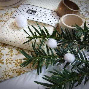 Arany tűpöttyös karácsonyi textil szalvéta, krém alapon, Otthon & Lakás, Karácsony & Mikulás, Karácsonyi dekoráció, Festett tárgyak, Varrás, Öltöztesd otthonodat a fehér és arany gyönyörű kombinációjába! Tedd ünnepivé az örömteli várakozást...., Meska