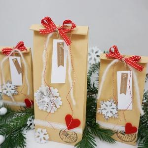 KARÁCSONYI DÍSZCSOMAGOLÁS, NoWaste, Bevásárló zsákok, zacskók , Otthon & lakás, Dekoráció, Ünnepi dekoráció, Karácsony, Ajándékzsák, Papírművészet, Fontos számodra az igényes csomagolás, de nincs időd minden ajándékodat saját kezűleg becsomagolni?\n..., Meska