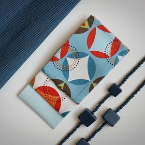 Az év színe: Kék geometrikus nowaste zsebkendő, Férfiaknak, NoWaste, Textilek, Kendő, Varrás, Hímzés, A minimál stílus kedvelőinek ajánlom ezt a dominánsan kék, geometria mintás zsebkendő szettet. \nAz É..., Meska