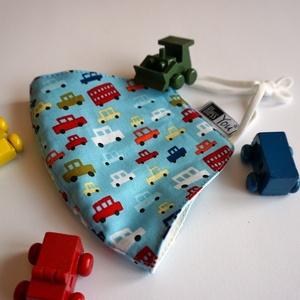 Kisfiúknak autós maszk- állítható gumival, Maszk, Arcmaszk, Gyerek, Kisfiúknak tökéletes ajándék ez a színes kisautós maszk. Lepd meg vele, garantáltan ez lesz a kedven..., Meska