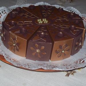 """Pénzajándék átadó torta születésnapra- közepes, Nászajándék, Emlék & Ajándék, Esküvő, Papírművészet, \""""Csokitorta\""""- négerbarna- aranybarna színekben,szülinapra, névnapra, ballagásra, 20 cm -es átmérővel..., Meska"""