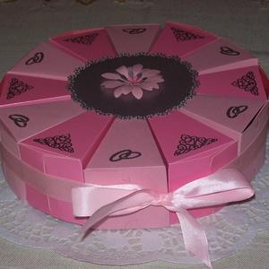 Pénzajándék átadó torta - közepes pink - ezüst, Esküvő, Nászajándék, Papírművészet, Nem hizlal, garantáltan diétás, minden barátnő örömmel fogadja! :) \nRózsaszín és pink gyöngyházfényű..., Meska