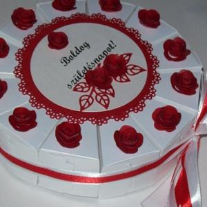 Pénzajándék átadó torta - piros-fehér, mini, Esküvő, Nászajándék, Esküvői dekoráció, Papírművészet, Elegáns, romantikus party torta, pénzajándék átadó torta fehér gyöngyházfényű alapkartonból, piros d..., Meska