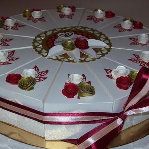 Pénzajándék átadó torta- barack-bordó, nagy, Nászajándék, Emlék & Ajándék, Esküvő, Papírművészet, Elegáns, romantikus party torta, pénzajándék átadó torta barack gyöngyházfényű alapkartonból, bordó ..., Meska