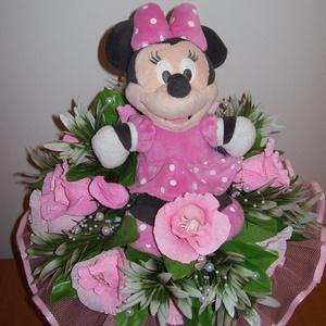 Csokicsokor- rózsaszín Minnie egeres, Csokor & Virágdísz, Dekoráció, Otthon & Lakás, Papírművészet, Virágkötés, Születésnapra készült Minnie egeres csokicsokor Raffaellóval, 12 szál rózsából. Ovis ballagásra is t..., Meska