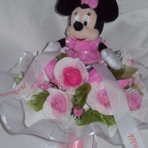 Csokicsokor- rózsaszín Minnie egeres fehér tüllel, Csokor & Virágdísz, Dekoráció, Otthon & Lakás, Papírművészet, Minnie egér rajongóknak!\nÁltalános iskolai ballagásra  készült Minnie egeres csokicsokor Raffaellóva..., Meska