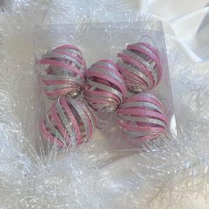 Különleges karácsonyfadísz- csavart gömb, rózsaszín-ezüst - Meska.hu