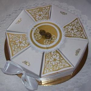 Nászajándék átadó torta, fehér-arany, Esküvő, Emlék & Ajándék, Nászajándék, Papírművészet, Romantikus, elegáns, letisztult fehér-arany összeállítású torta nászajándék átadására, arany csipked..., Meska
