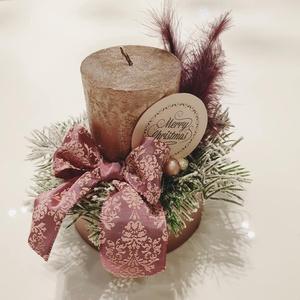 Vintage stílusú mályva karácsonyi asztaldísz, Akció: 3000 Ft helyett, Karácsony, Karácsonyi dekoráció, Virágkötés, Mályva színű papír boksz alapra készítettük ezt a vintage stílusú elegáns kis asztali dekorációt, me..., Meska