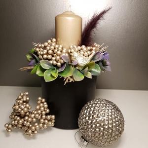 Ragyogó éjszaka asztali dekoráció, Otthon & lakás, Dekoráció, Ünnepi dekoráció, Virágkötés, Fekete színű papírbox alapra készült ez a modern hatású asztali dekoráció. Élethű hatású örökzöld nö..., Meska