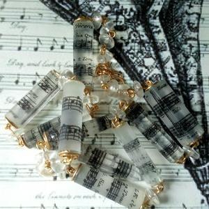 A zene a mindenem egyedi gyanta nyakék, saját tervek alapján (blueklarion) - Meska.hu