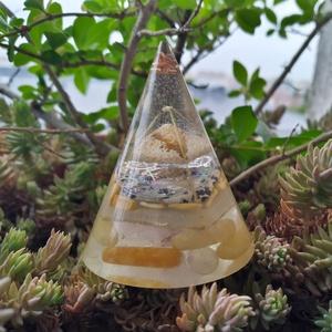 ORGONIT önbizalom köve a jáspis, labradorit, cseresznyekvarc, rózsakvarc, sárga aventurin ásványokból és gyantából (blueklarion) - Meska.hu