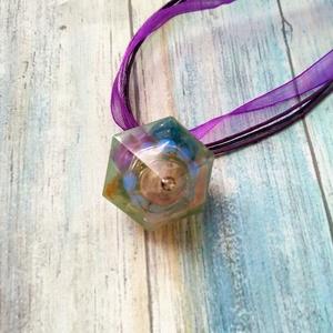 Orgonit védelmező gyémánt formájú inga nyaklánc rodonit, opál, ametiszt, apatit és turmalin ásvánnyal, Ékszer, Medál, Nyaklánc, Orgonit védelmező gyémánt formájú inga nyaklánc rodonit golyóval, opál gyöngy gyűrűvel, ametiszt, ap..., Meska