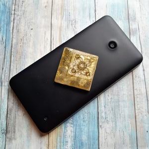 ORGONIT  telefonra labradorit, pietersit, jáspis, apatit, turmalin és ametiszt ásványokkal, Ékszer, Táska, Divat & Szépség, Mobilékszer, Kulcstartó, táskadísz, ORGONIT  telefonra, a képen a felső arany csillámmal labradorit, a középső fekete és sötét Metatron ..., Meska