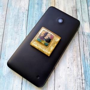 ORGONIT  telefonra labradorit, pietersit, jáspis, apatit, turmalin és ametiszt ásványokkal, Ékszer, Táska, Divat & Szépség, Mobilékszer, Kulcstartó, táskadísz, Mindenmás, ORGONIT  telefonra, a képen a felső arany csillámmal labradorit már elkelt, a középső fekete és söté..., Meska