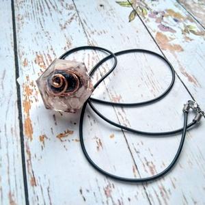 Orgonit védelmező nyugodt álom gyémánt formájú inga nyaklánc csaroit és rózsakavarc ásvánnyokal, rézzel, Ékszer, Táska, Divat & Szépség, Medál, Nyaklánc, Orgonit védelmező és nyugodt álmot biztosító gyémánt formájú inga nyaklánc csaroit és rózskavarc ásv..., Meska