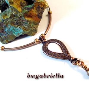 Gerda nyakéke - tűzzománc betétes nyaklánc - egyedi tervezésű kézműves ékszer, Medálos nyaklánc, Nyaklánc, Ékszer, Ötvös, Tűzzománc, Romantikus virágmintás, vésett, egyedi ötvösmunka (forrasztás, kovácsolás) alapján készült, csepp al..., Meska