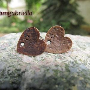 Réz-szív pontfülbevaló - egyedi tervezésű ékszer, fülbevaló - bedugós fülbevaló - ezüst tű, Ékszer, Pötty fülbevaló, Fülbevaló, Ékszerkészítés, Ötvös, Meska