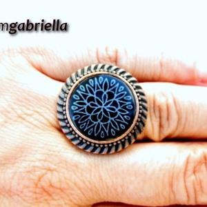Tűzzománc gyűrű - egyedi tervezésű kézműves gyűrű - bővíthető, modern gyűrű - fekete - ékszer - gyűrű - statement gyűrű - Meska.hu