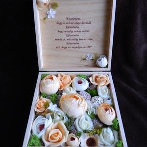 Szülőköszöntő doboz egyedi felirattal , Esküvő, Meghívó, ültetőkártya, köszönőajándék, Decoupage, transzfer és szalvétatechnika, Virágkötés, Szülőköszöntő doboz, mely esküvő alkalmával kerül átadásra, de köszönetajándékként más alkalomra is ..., Meska