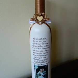 Fényképes emléküveg házassági évfordulóra, egyéb alkalomra, Otthon & Lakás, Díszüveg, Dekoráció, Egyedi felirattal, fényképpel díszített üveg szalagozva, különböző alkalmakra rendelhető! Az ár az ü..., Meska