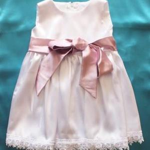 Kislány keresztelő ruha, Keresztelő ruha, Babaruha & Gyerekruha, Ruha & Divat, Varrás,  Keresztelő ruha kislányoknak. \nCsipkével díszített kislány keresztelő ruha. \nSzatén masnival a dere..., Meska
