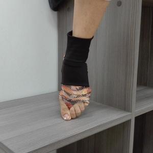 Edző lábtyű, Táska, Divat & Szépség, Cipő, papucs, Ruha, divat, Női ruha, Ruha, Varrás, Csini kétrészes fazonú elasztikus anyagból készült edző lábtyű.\nFunkciója: talp védelme, csúszásment..., Meska
