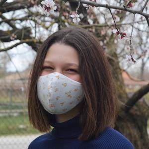 Szűrőbetétes szájmaszk, arcmaszk, maszk, apró rózsás mintával, NoWaste, Táska, Divat & Szépség, Textilek, Kendő, Szépség(ápolás), Egészségmegőrzés, Arcmaszk, szájmaszk, Varrás, Az általam készített arcmaszk különlegessége, hogy a szabásmintának, illetve egy speciális fém orrn..., Meska
